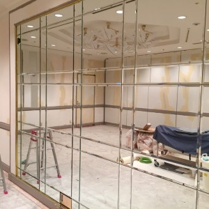 舞浜ホテルオークラの鏡工事